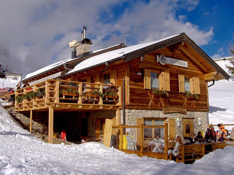 Baita la zondra vigo di fassa dolomiti benvenuti for Le piu belle baite in montagna